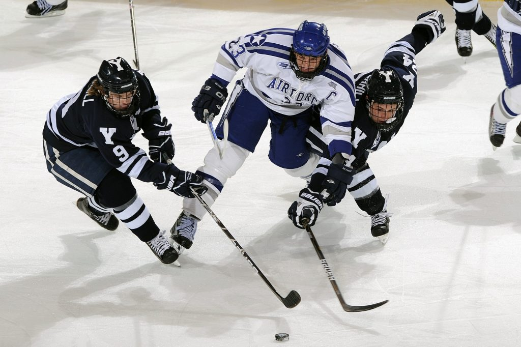 Ice Hockey players in action-1024x682